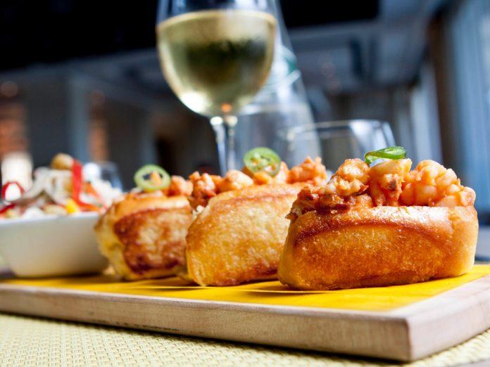 Cape Cod Restaurant Lobster Wine