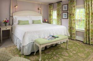 Guestroom - Brewster Room